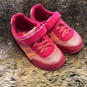 Euc stride rite Velcro pink shoes size 6.5